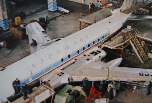 Ту-124 на АРЗ 407